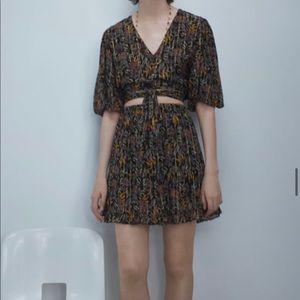 SET- NWT Tropical Skirt and Wrap Top
